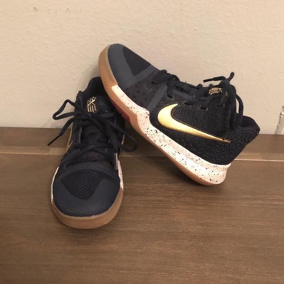 lowest price 3d30a 9d8e4 Nike Kyrie 3 Boys Navy & Gold